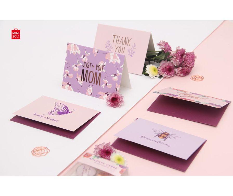 Поздравительная открытка и конверт